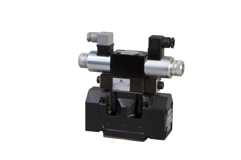 Pilot Control Valve : Pilot or hydraulic operated directional control valves