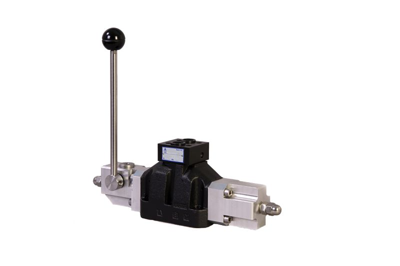 Hydraulic Hand Control Valve : Manually or hydraulic operated directional control valves